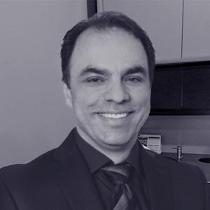 Dr. Farzad Erfan